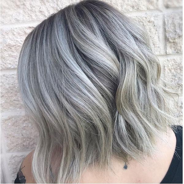 ladies short hair cut styles 2021