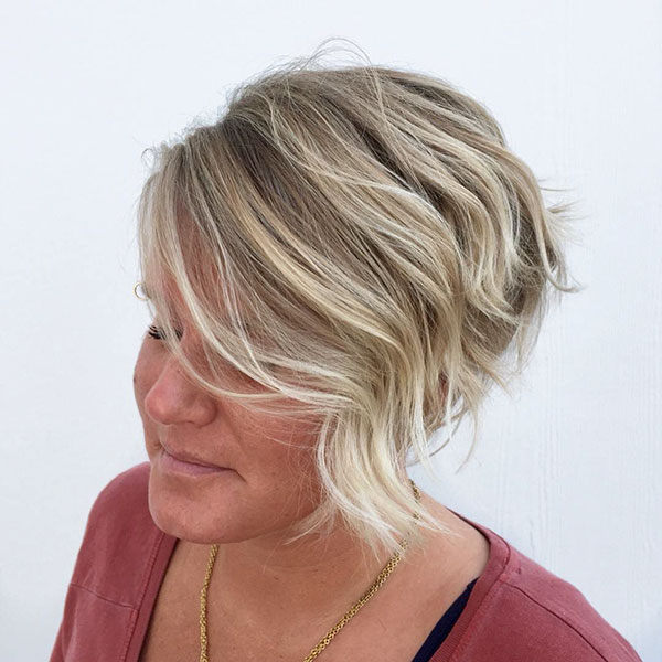 short haircut styles for women 2021