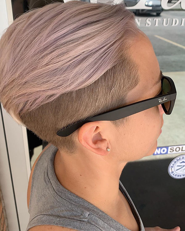 short hairstyles for women in 2021