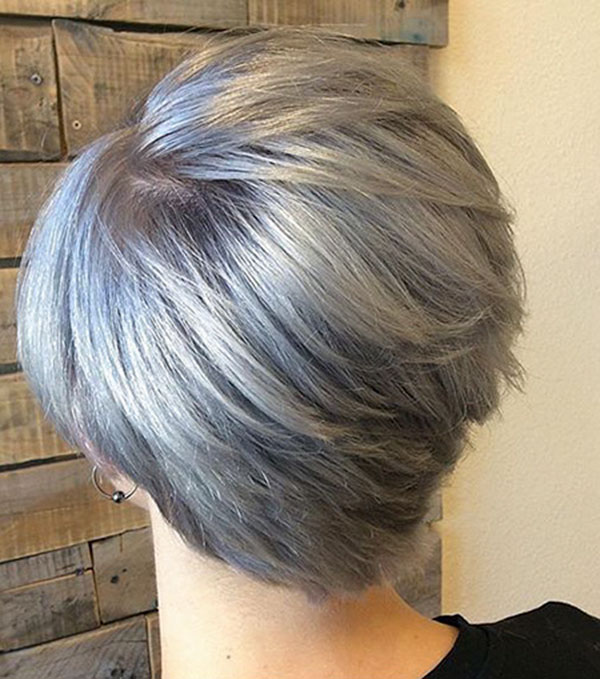 trendy short women's haircuts 2021
