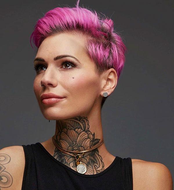 woman pixie hair cut