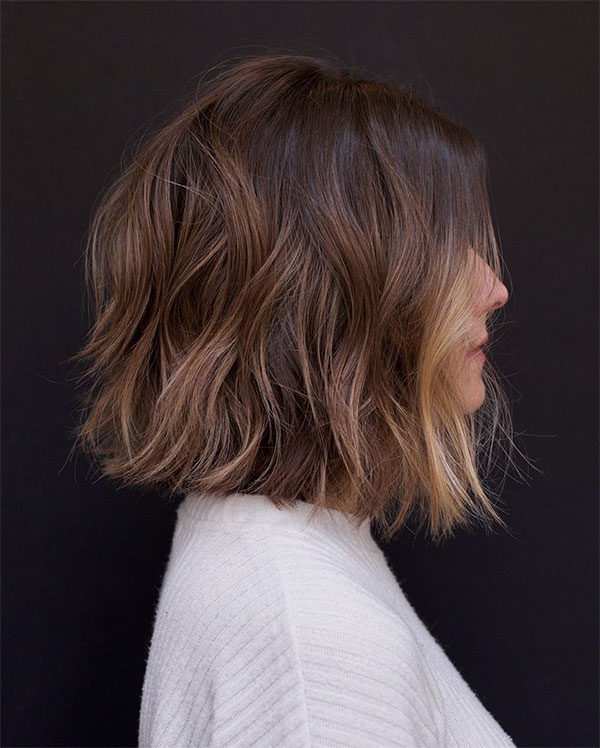 2021 hairstyles for wavy hair