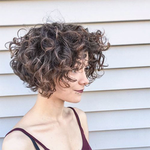 curly female hairstyles