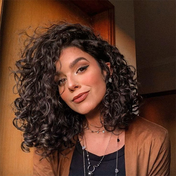 curly hair female