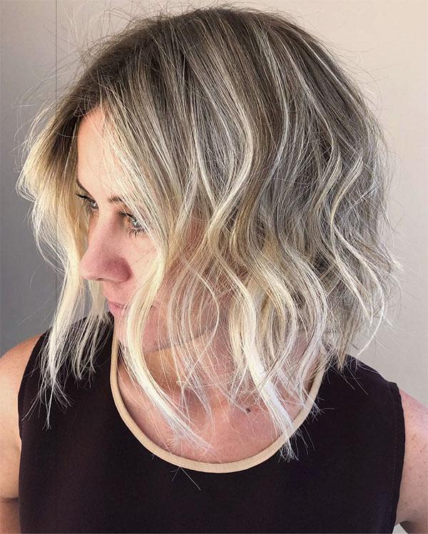 cute wavy hair hairstyles 2021