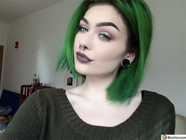 haircut green female