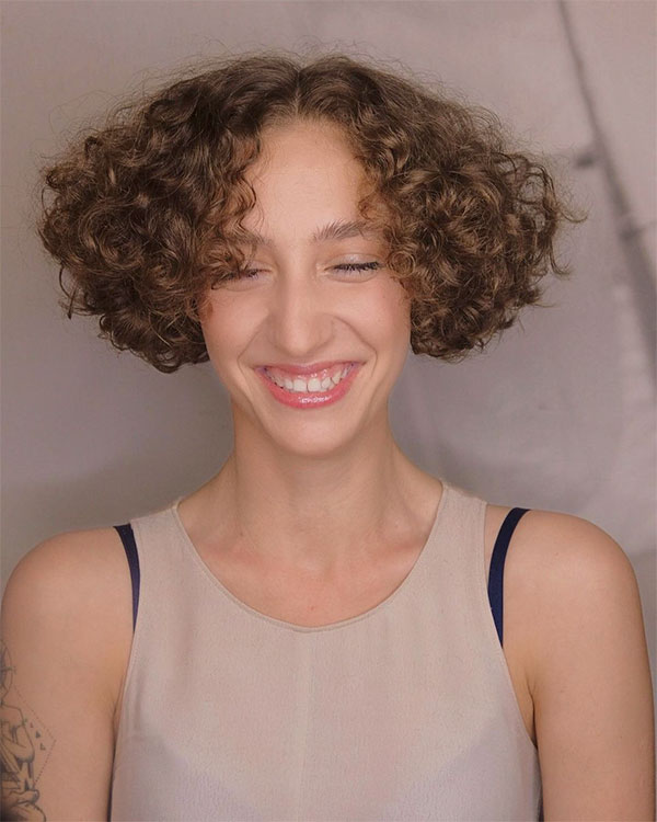 short curly hair color ideas