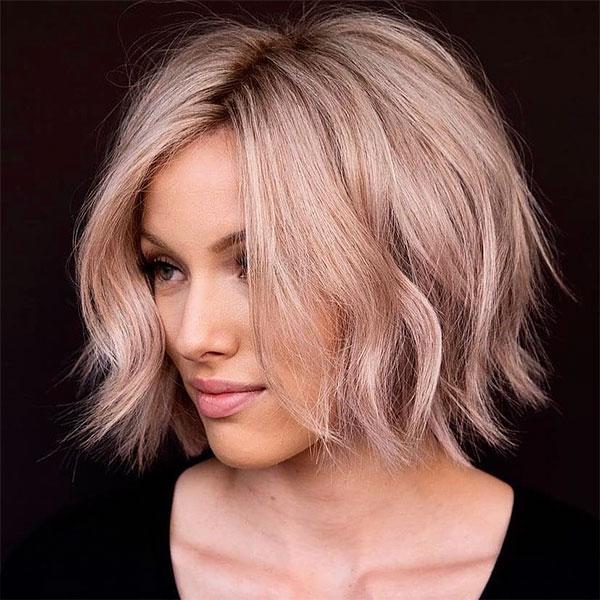 short haircuts on wavy hair
