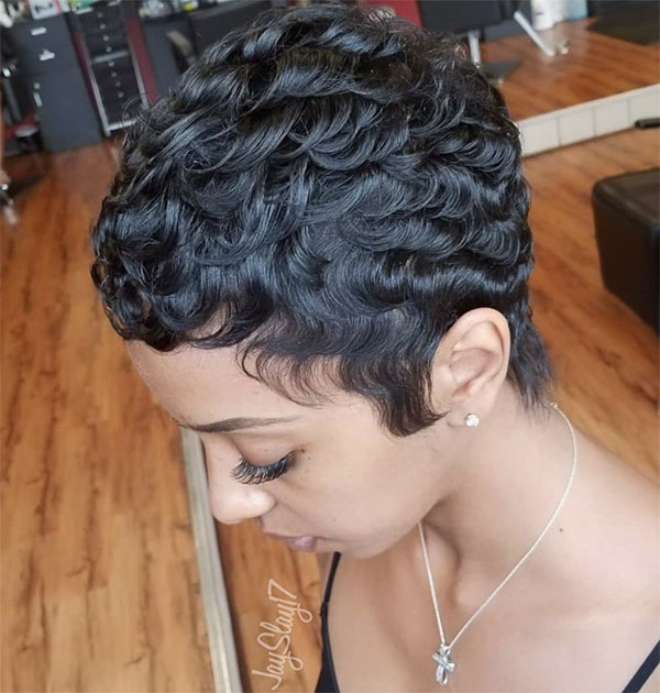 short hairstyles for curly hair female
