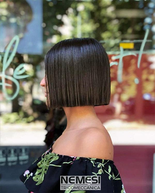 short straight hair for women